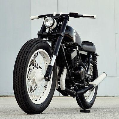 Yamaha RD350 by Analog Motorcycles.