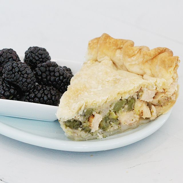 Chicken Broccoli Pie | Recipe | Pot pie, Healthy pie ...