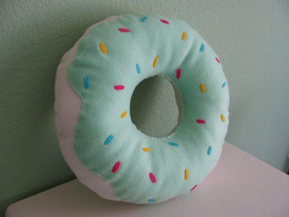 Large Donut Pillow Donut Kissen Niedliche Kissen Und Bastelideen