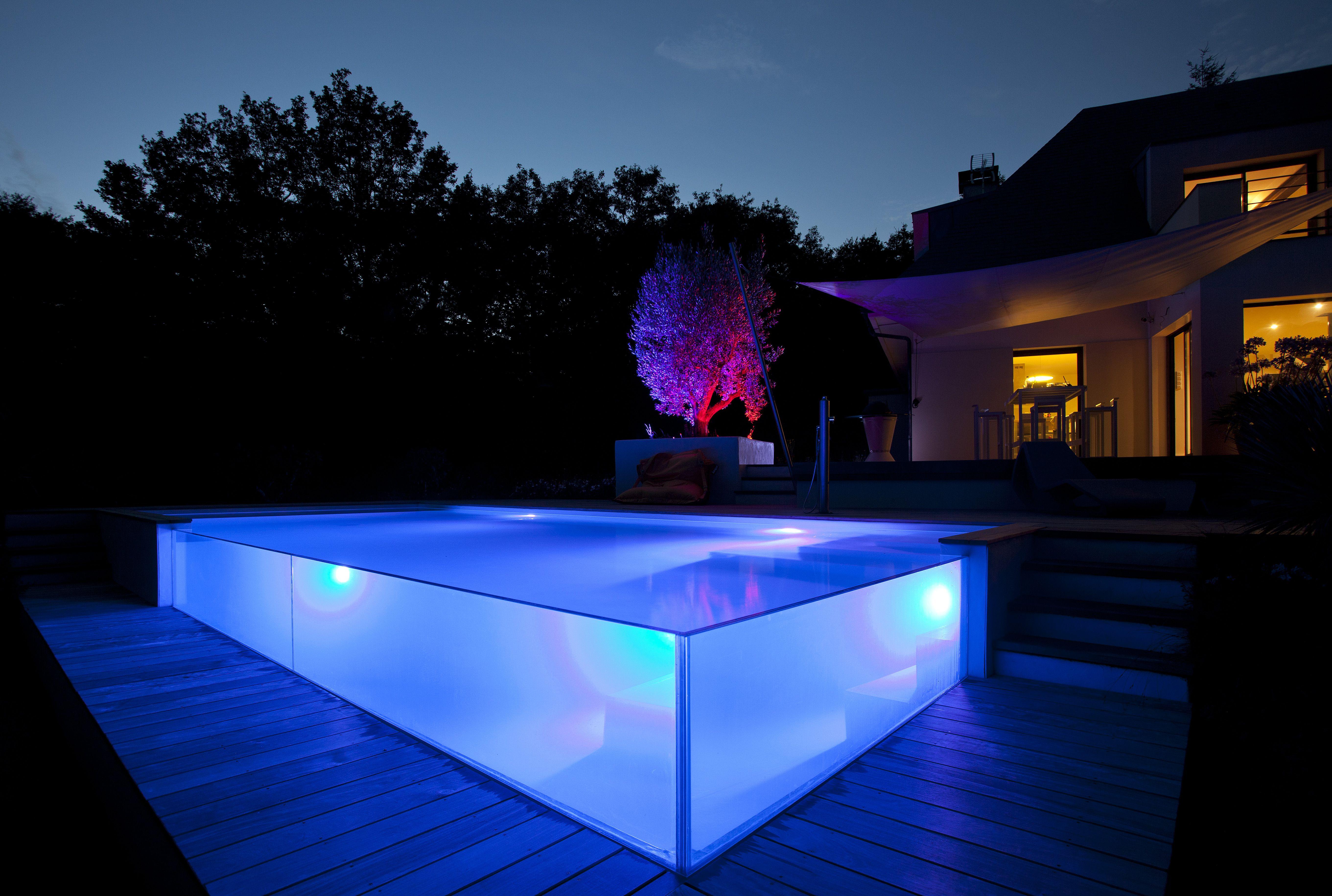 piscine paroi de verre piscine en d bordement et plage de piscine en verre piscines de r ve