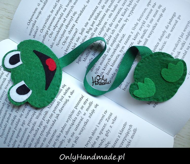 Byla Sobie Zabka Mala Urocza Zakladka Do Ksiazki Zapra Felt Crafts Bookmarks Handmade Felt Bookmark