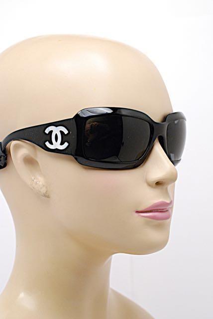 99d1fcc53ec CHANEL 5076-H Black SUNGLASSES w CC Mother-of-Pearl Logo - Leather Hard  Case  Chanel  Sunglasses