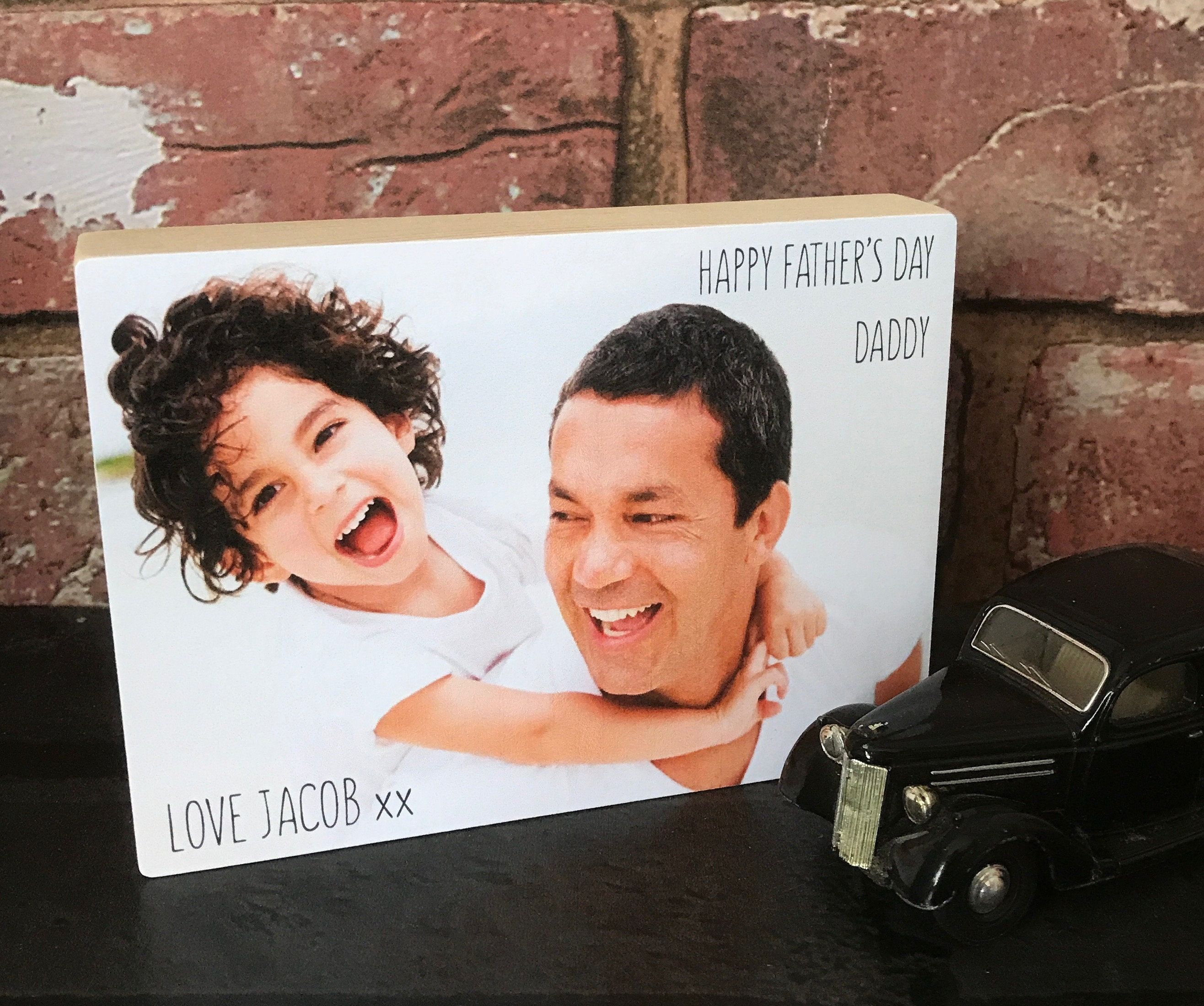 PERSONALISED Happy Fathers Day Wooden Photo Frame Gifts for Daddy Grandad Dad