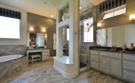 Bathroom 032