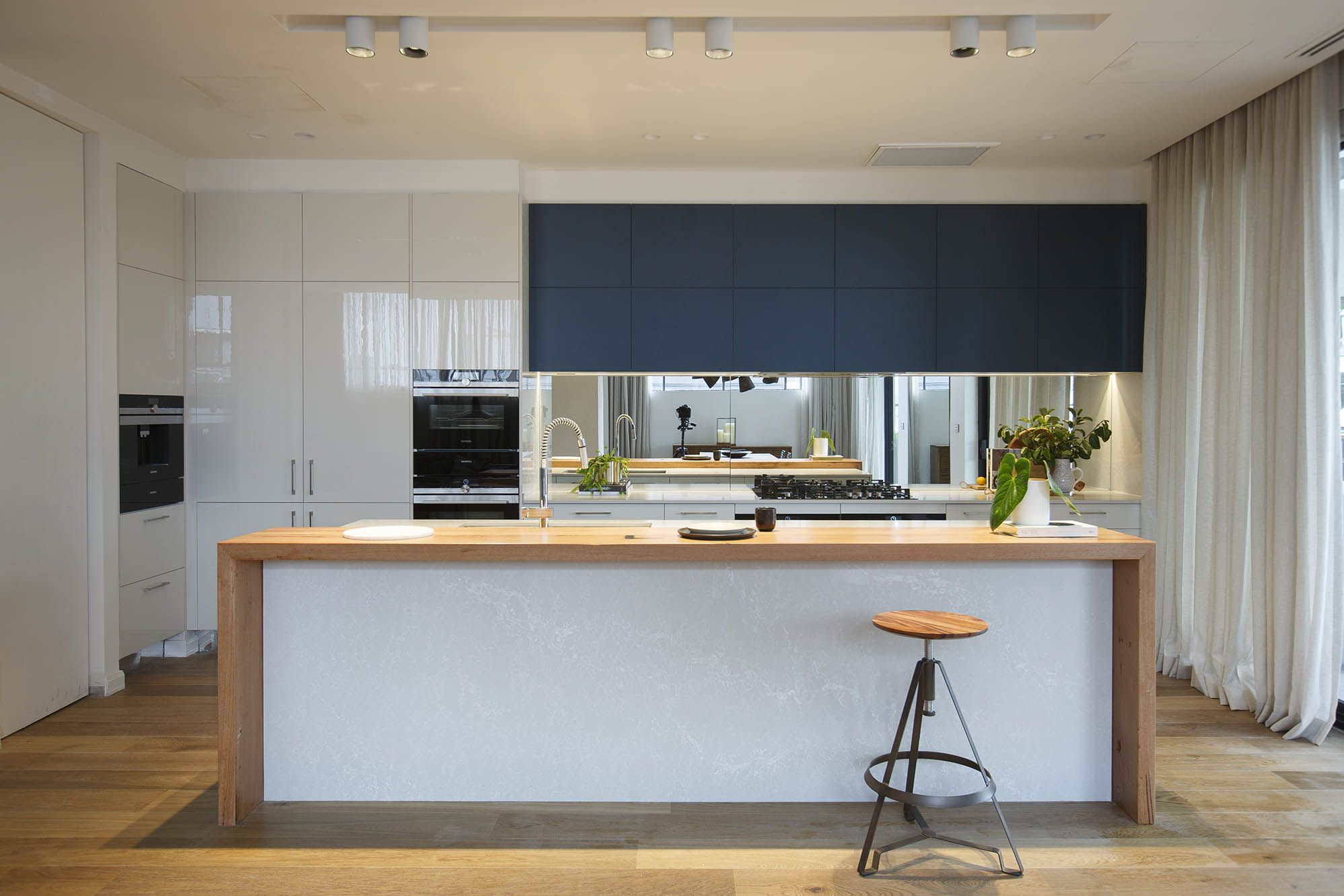 the block 2016 apartment five kim chris freedom kitchens - Concrete Apartment 2016