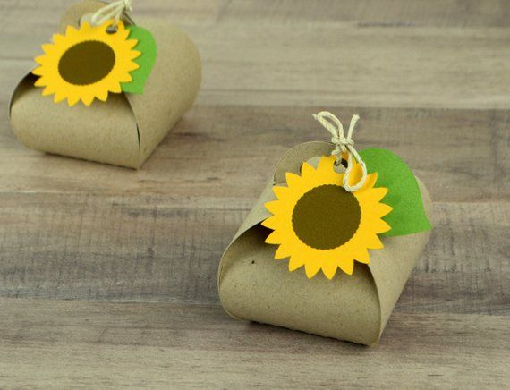 Mini Sunflower Favor box Set of 12 #sunflowerchristmastree