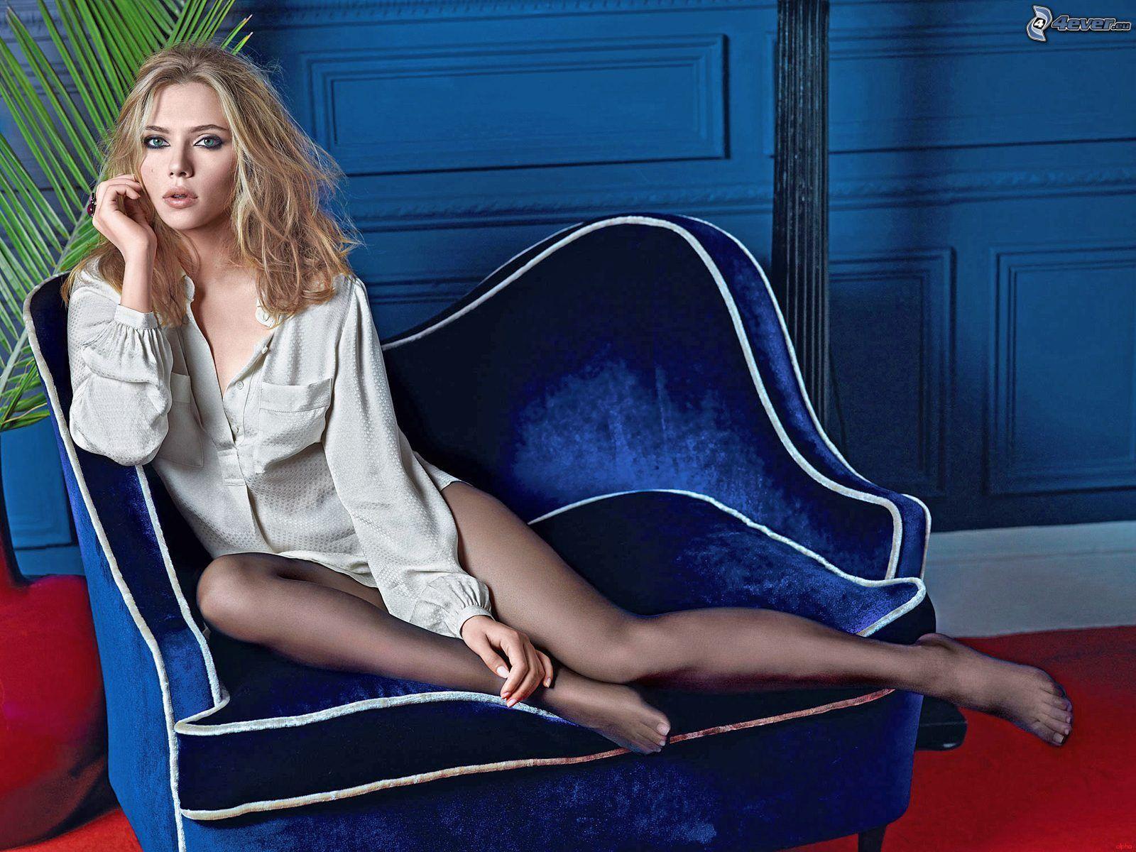Kleofia pink lace - La Actriz Neoyorkina Scarlett Johansson