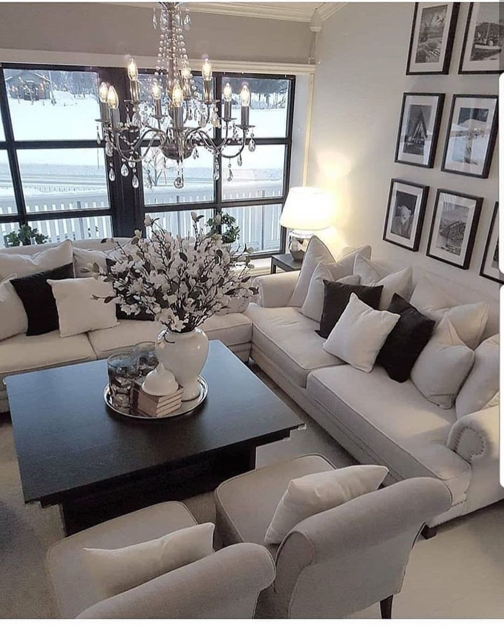 44 Lovely Black And White Living Room Ideas Small Living Room Decor Elegant Living Room Living Room Inspiration