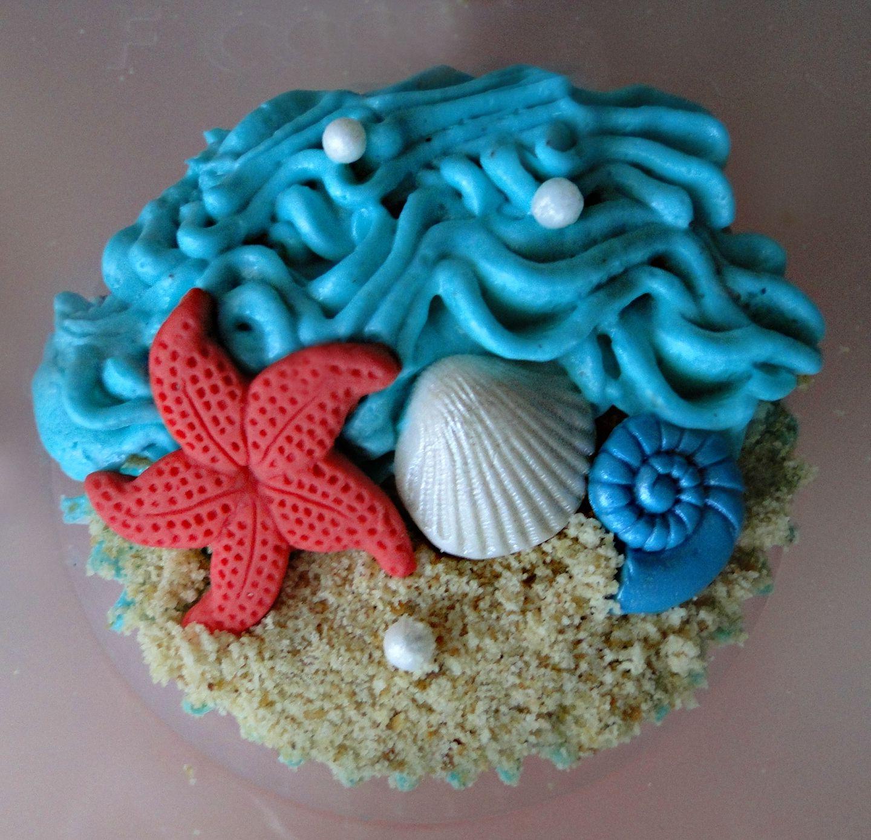 Pin By Princess Mai On Cupcakes Beach Theme Cupcakes Beach