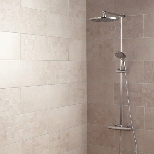 Carrelage mural decor vision cube artens en faience blanc for Carrelage salle de bain beige clair