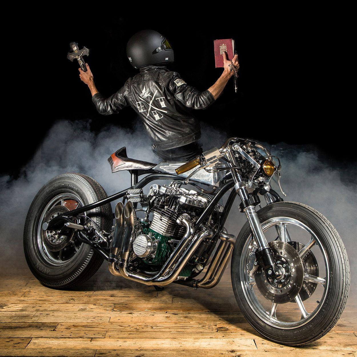 Sacrilege A Kawasaki Z1000st Of Biblical Proportions Kawasaki Cafe Racer Bike Exif Cool Bikes [ 1250 x 1250 Pixel ]