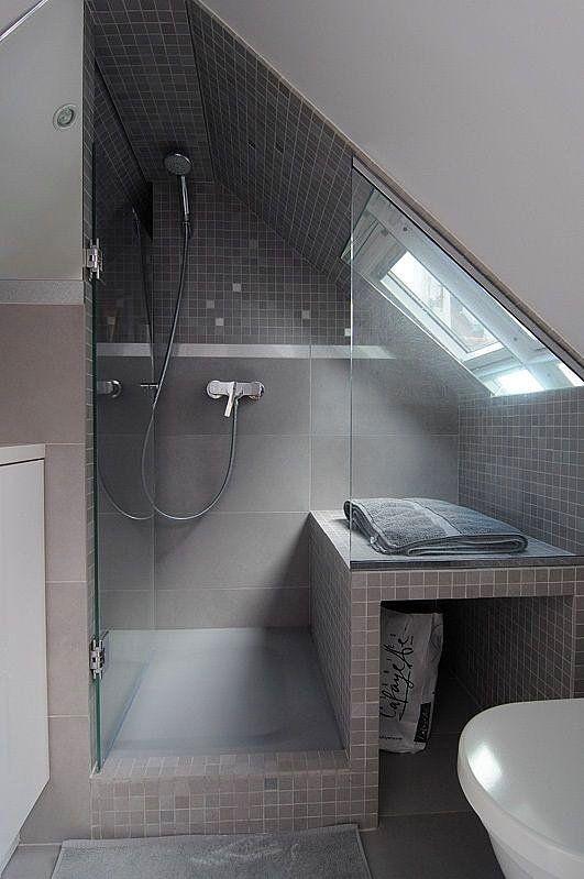 Heizung Heizt Strom Er Will Nicht Auf Dem Dachboden Sitzen Badezimmer Dachschrage Bad Mit Dachschrage Badezimmer Dachgeschoss