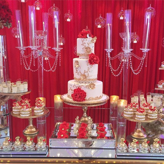 Red Dessert Table For Weddings: For My Red + Gold Lovers.... Beautiful Cake By