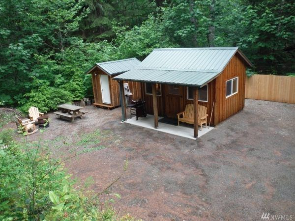 Tiny House Real Estate Tiny Small Homes With Land Tiny Cabins For Sale Small House Cabins For Sale
