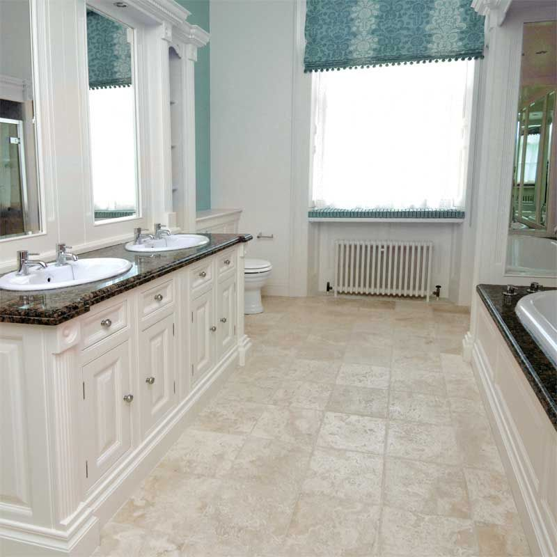 Ivory travertine tile bathroom google search bathroom for Travertine tile bathroom gallery