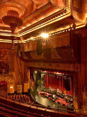 Theatre Beacon Theater Nyc Restaurants New York Art Deco Design