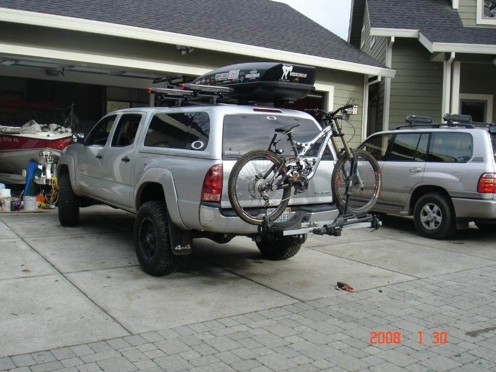 Silver 4 Door Toyota Tacoma Trd Sport 4x4 4 0l V6 5 Speed Automatic With Cap And Bike Rack Hitch Toyota Tacoma Toyota Tacoma Trd Sport Toyota Tacoma Trd