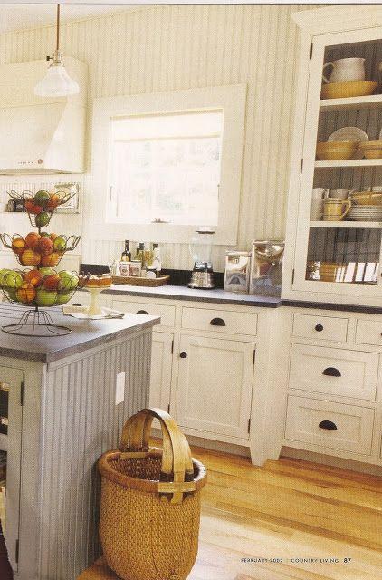 design dump: white kitchens: always classic