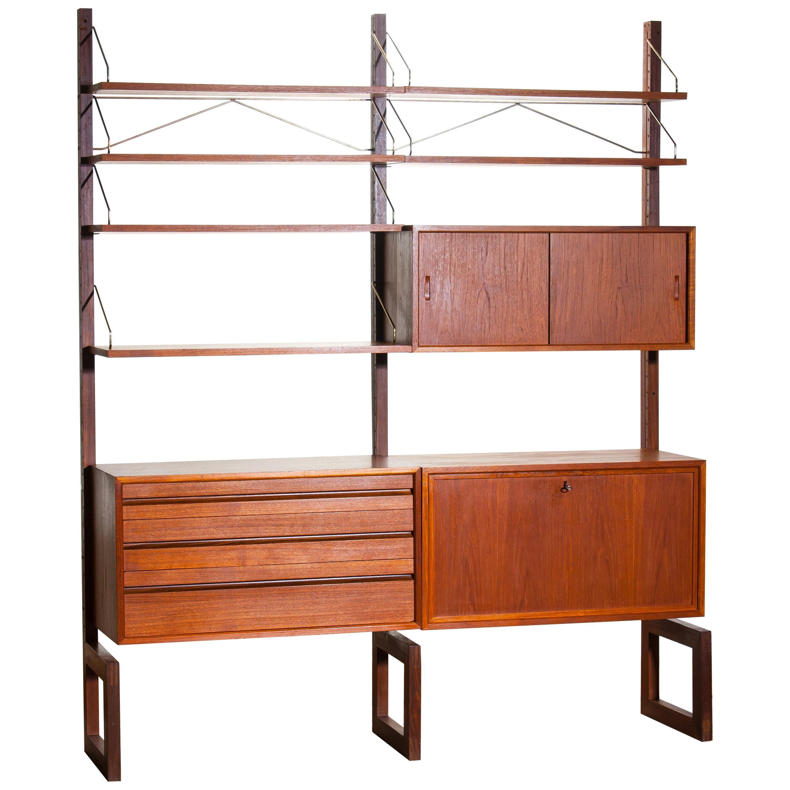 Tv Kast Wit Teak.1960s Poul Cadovius Teak With Golden Supports Dry Bar Or Book