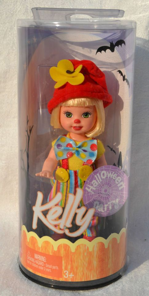 Kelly Club Kelly the Clown Halloween party 2005