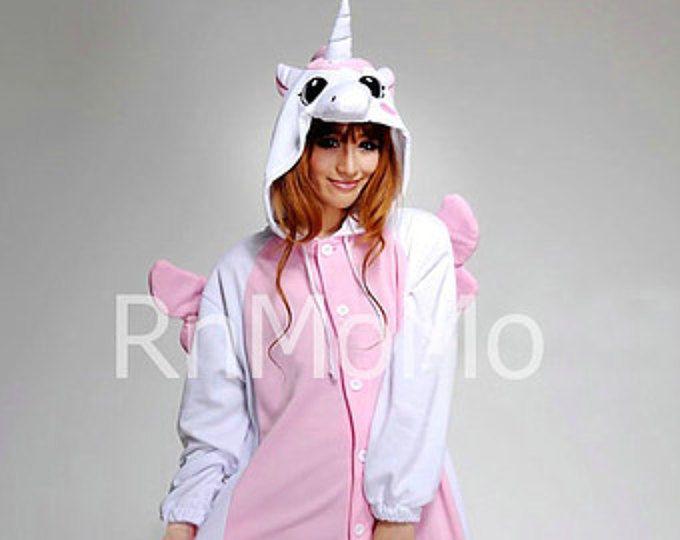ba8e83282e KIGURUMI Cosplay Romper Charactor animale Hooded notte vestiti pigiami  pigiama Costume bradipo vestito pigiama rosa unicorn. Cerca questo Pin e ...