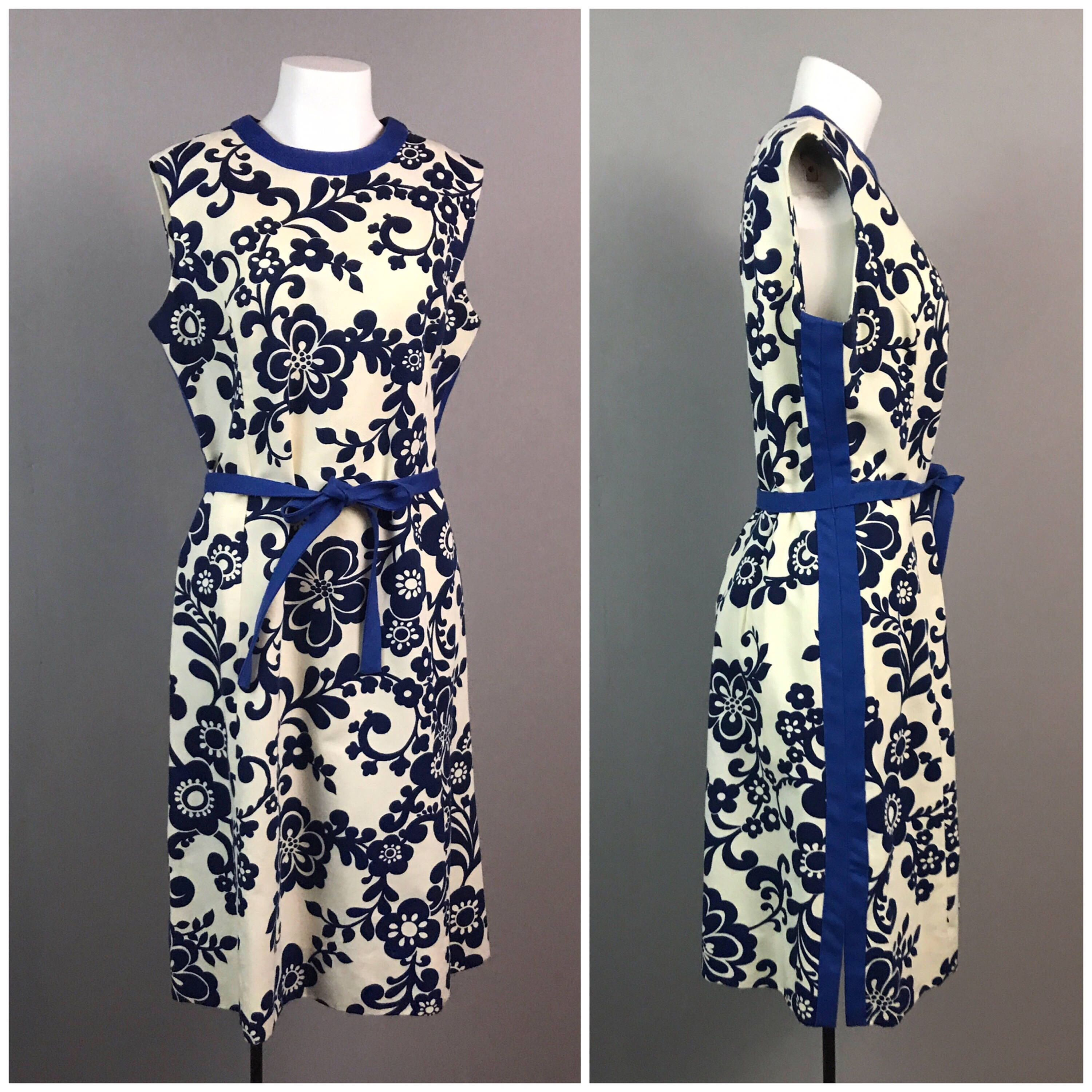 Vintage 1960s blue and white floral sleeveless shift dress womens vintage 1960s blue and white floral sleeveless shift dress womens large 60s tie belted izmirmasajfo