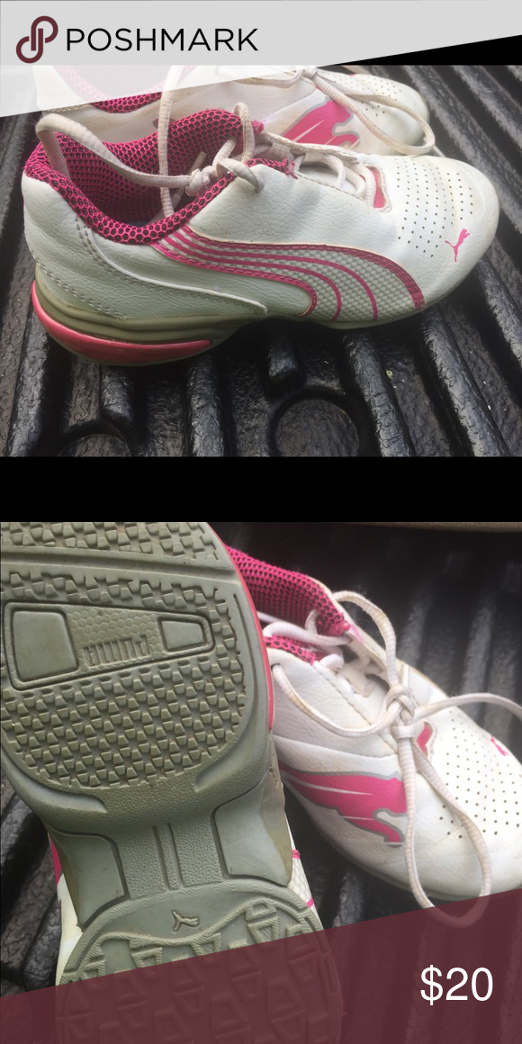 314f2ba8 Cute pink and white pumas , make offer Lots of life left Puma Shoes ...