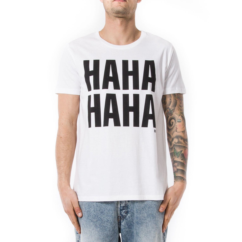 reputable site 62db5 8ecd9 Questa t shirt da uomo con scritta della nuova collezione di ...