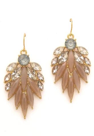 beautiful #beige crystal natural earrings http://rstyle.me/n/jjjzrr9te