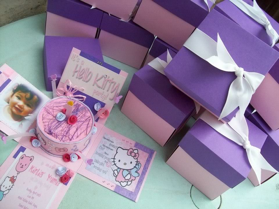 "it's a hello kitty party!"" a unique exploding invitation box for,"