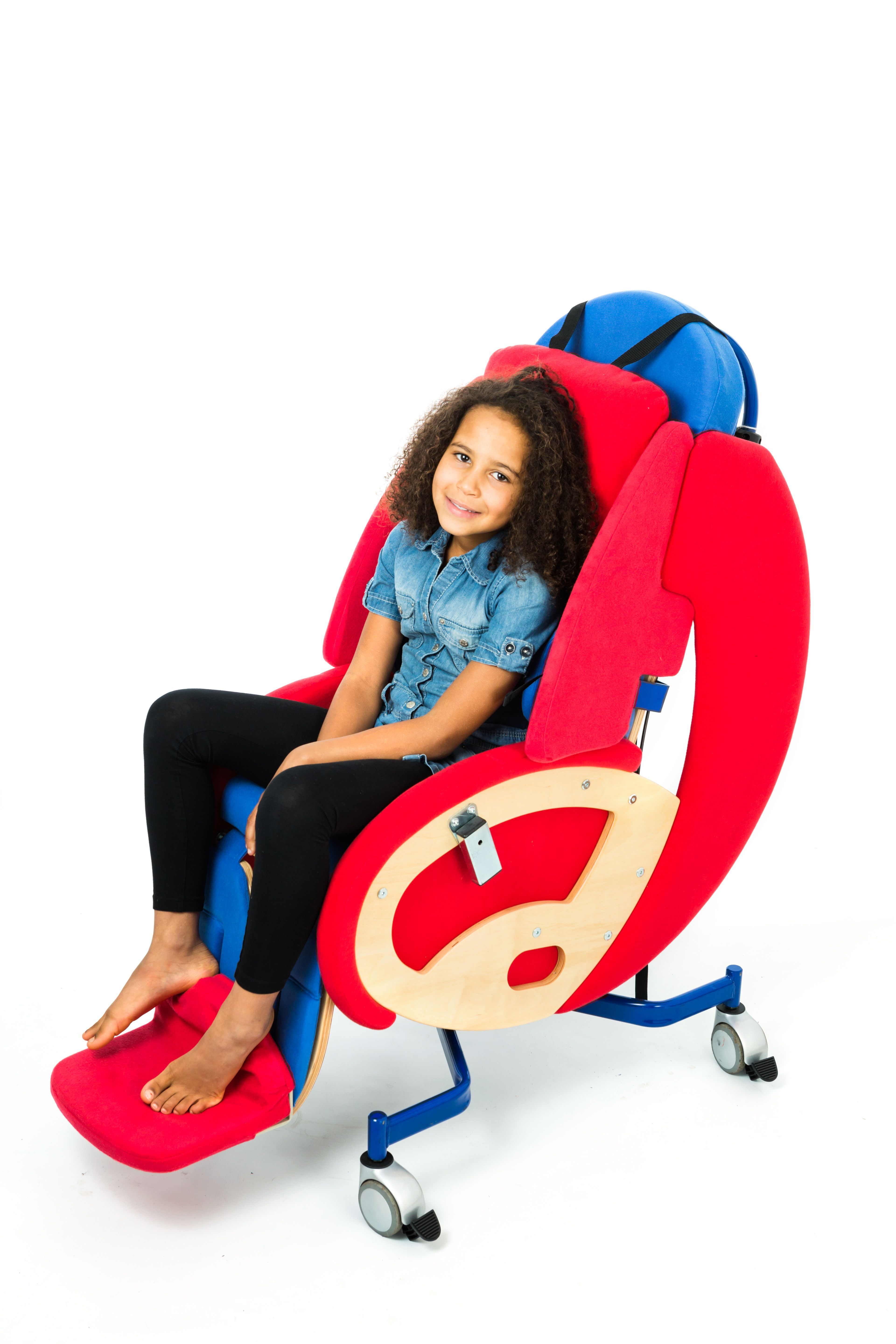 Toddler Soft Chairs The Huggle The Comforting And Flexible Relaxation Chair For
