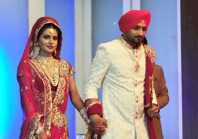 Geeta Basra Harbhajan Singh Wedding Mrs Cricketer Mr Bollywood Part Ii Weddingplz Wedding Dress Trends Indian Celebrities Celebrity Weddings
