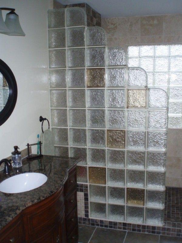 briques de verre pour douche très belles couleurs modern house