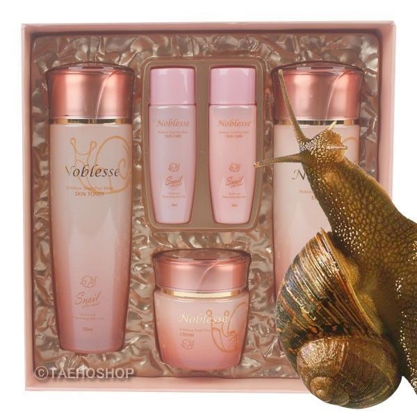 New Type Of Healthy And Glowing Skin Care With The Snail Skin Tone Is Improved And Mucin From Snail Mucous Enhances Skin Ability To Be Health And Have Elastici