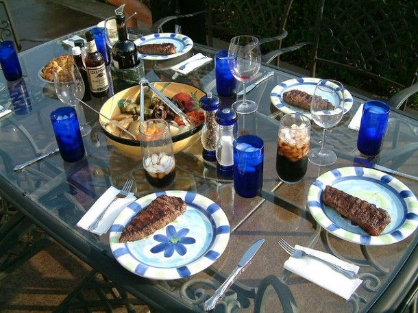 4 Party Ideas to Kick Off the Summer: Backyard BBQ