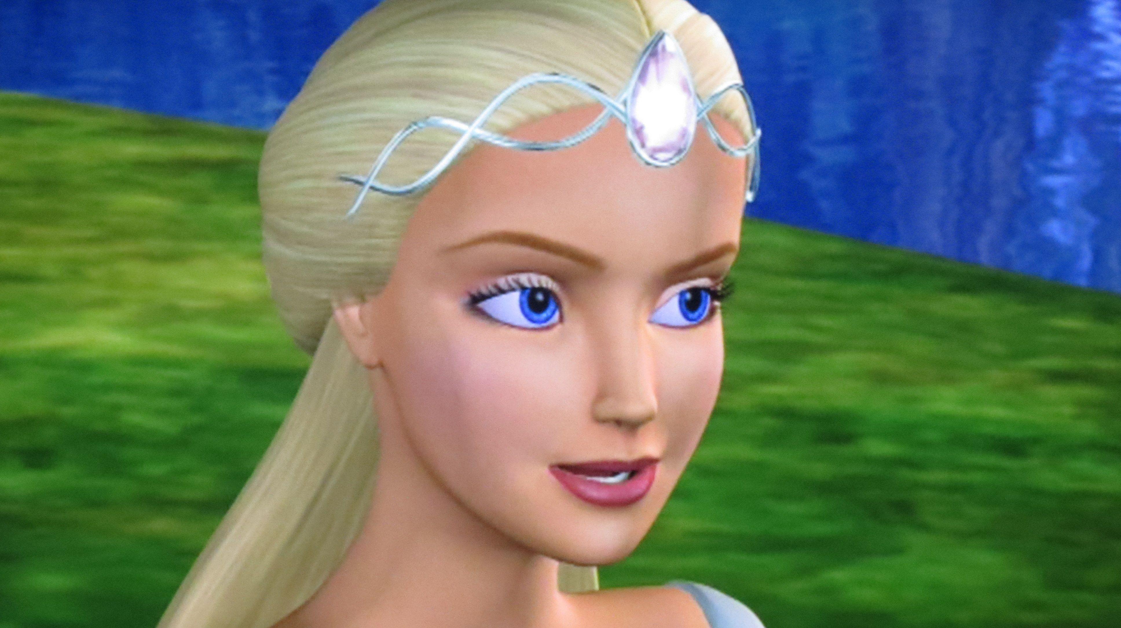 Barbie comme odette dans le lac des cygnes odette is - Barbie le lac des cygnes ...