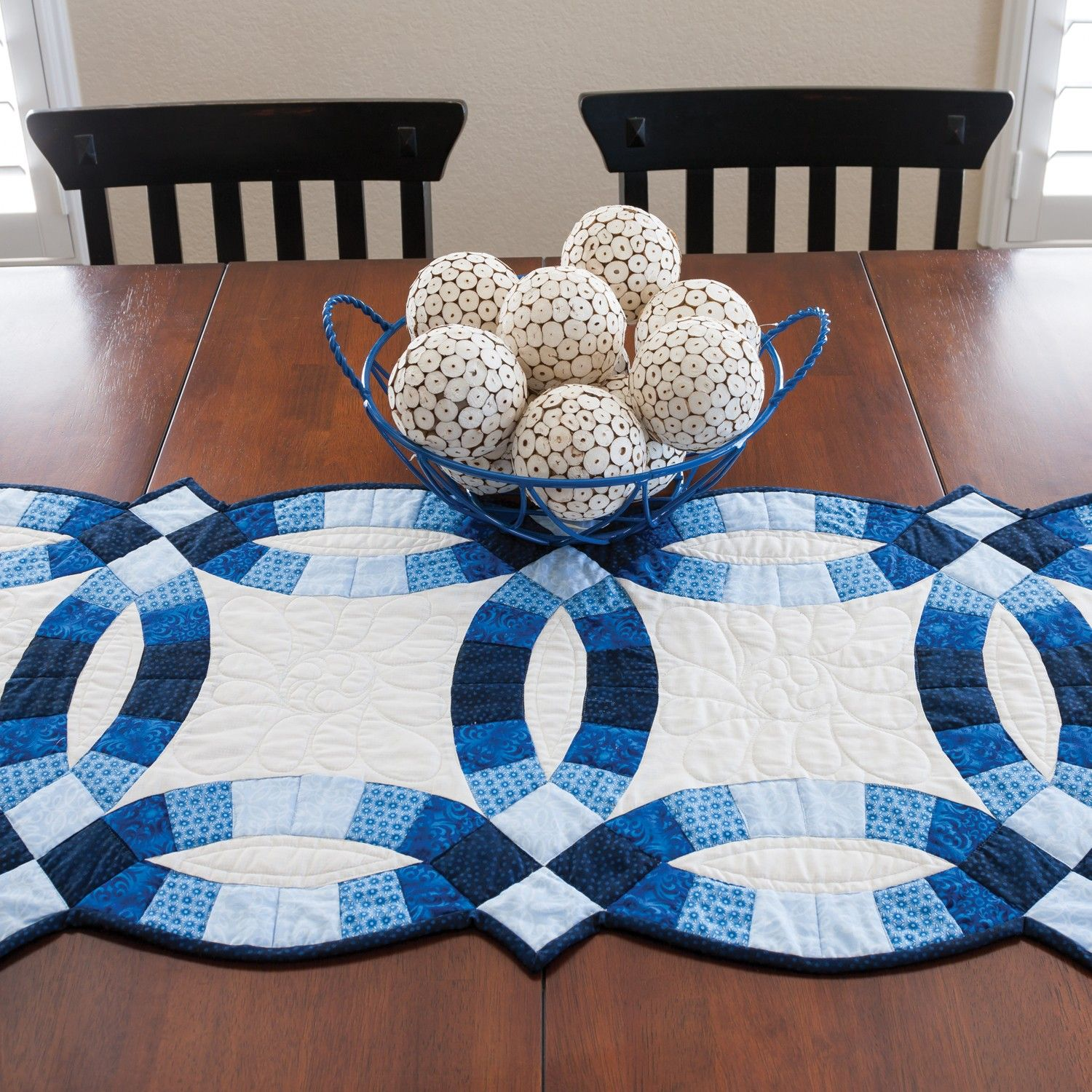 GO! Classic Double Wedding Ring Table Runner Pattern ...