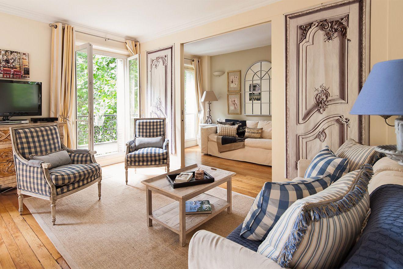Saint Julien Is A Gorgeous, Short Term Paris Rental With French Doors That  Face The