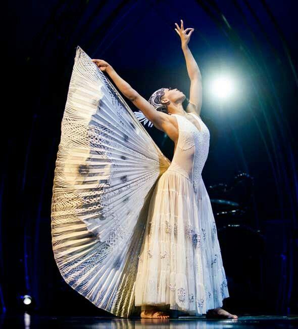 Cirque Du Soleil S Amaluna Cirque Du Soleil