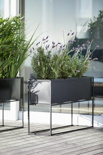 Kwietnik Lomvi S25xd80xw50 Czarny Jysk Balcony Planters Balcony Plants Planter Pots Indoor