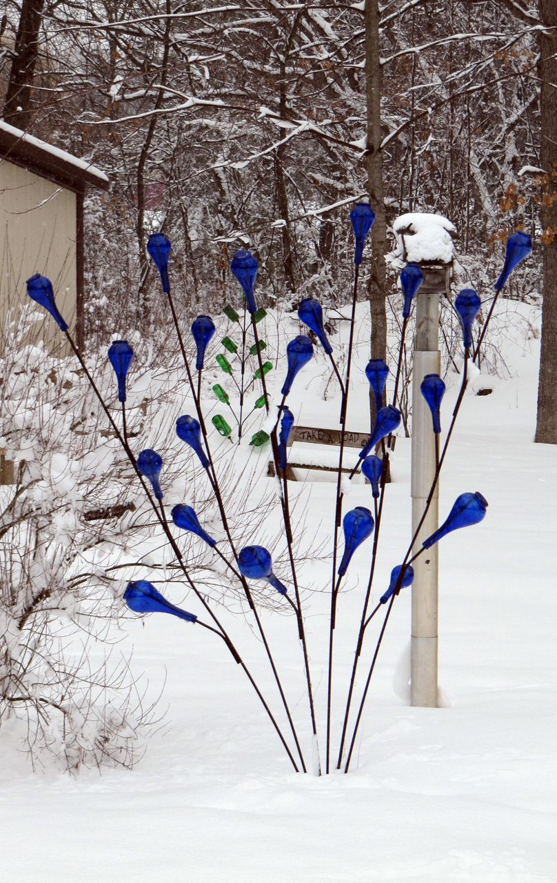 Images Of Bottle Trees | Bottle Tree Creations For Your Wisconsin Garden