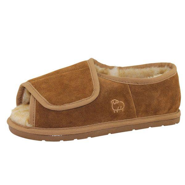 a90875cd1a1b Lamo Footwear - Men s Open Toe Sheepskin Slipper - Adjustable Width ...
