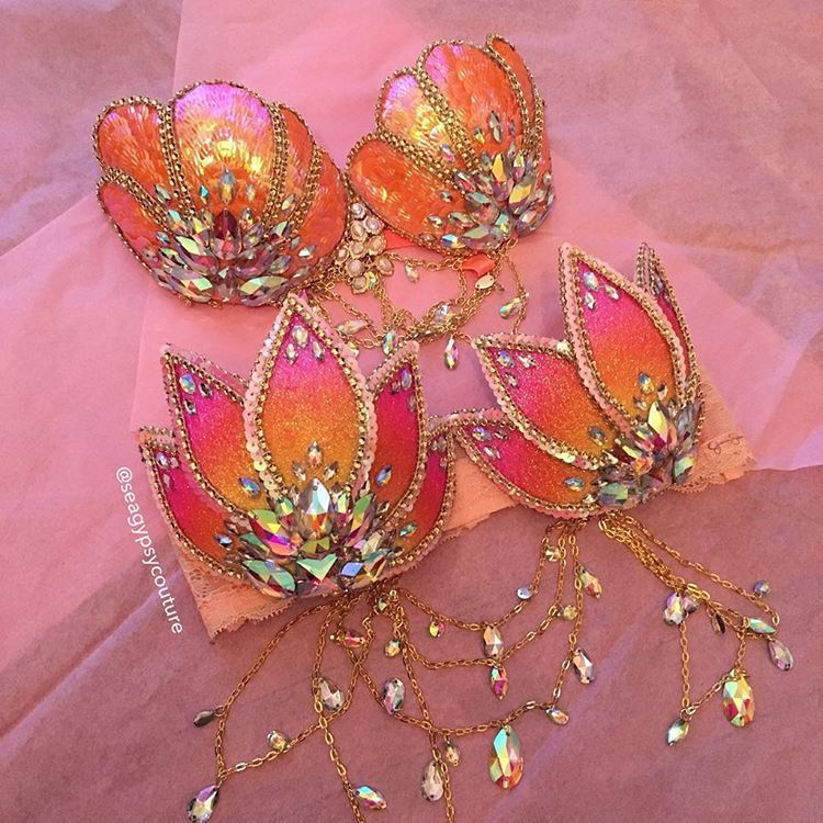 39c314499cc99 Sunrise lotus rave bra   goldfish mermaid bra