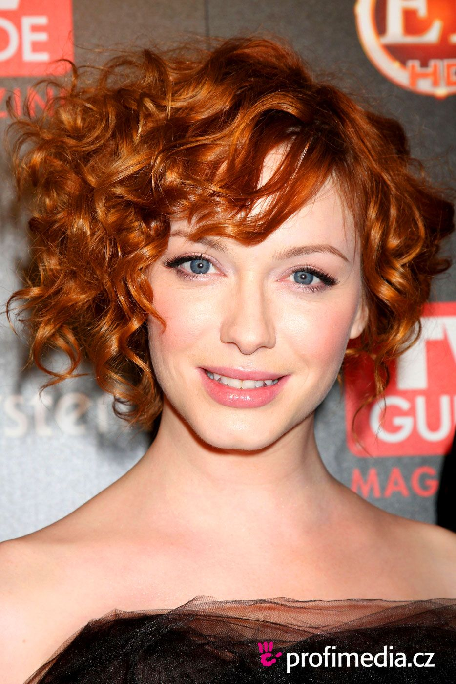 Christina hendricks i love her hair here christina