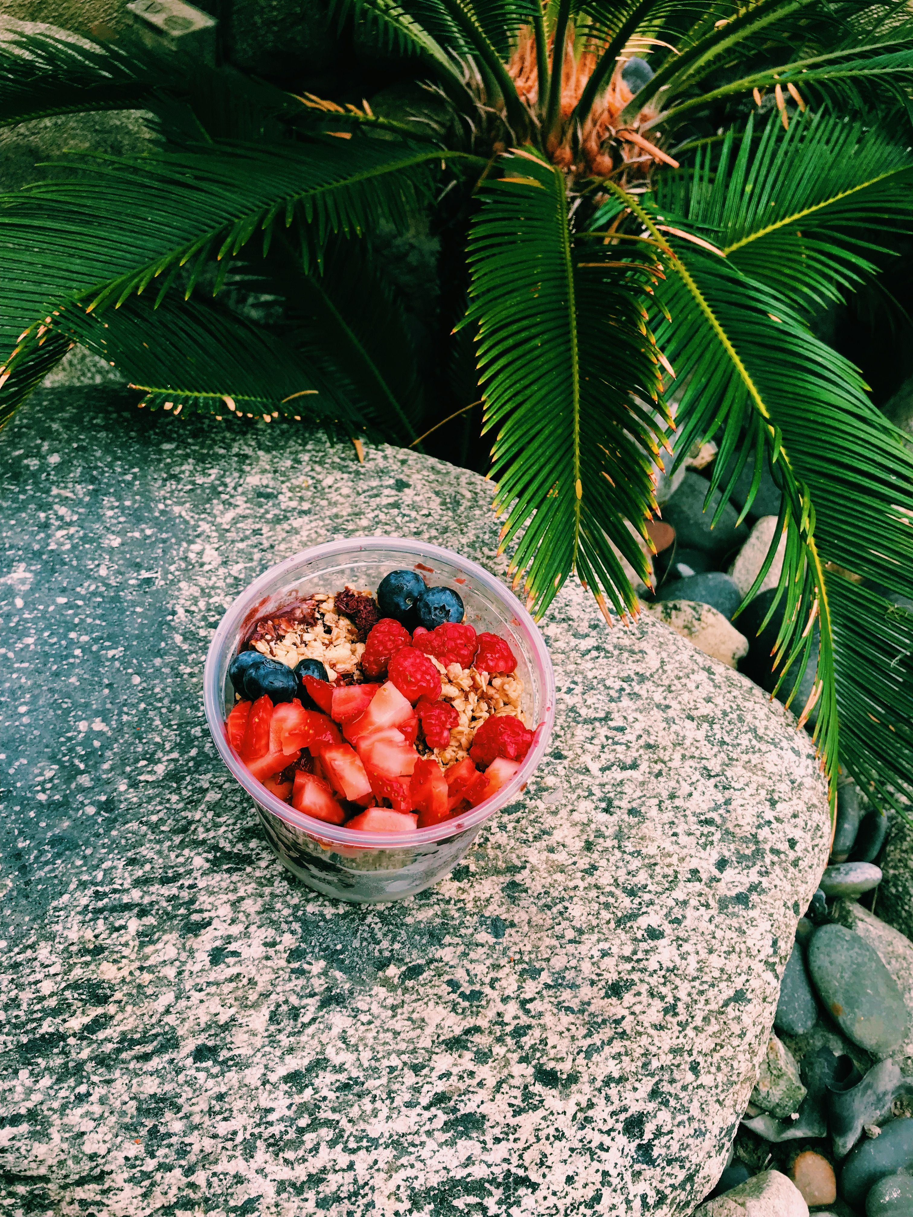 Açaí bowl in Cali.....Give me credit for my photos! artsy