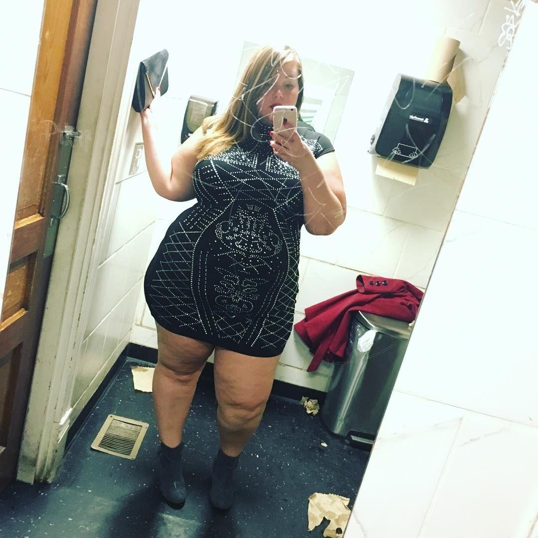 I Definitely Need To Take Some Non Bar Bathroom Mirror Selfies Of This Dress