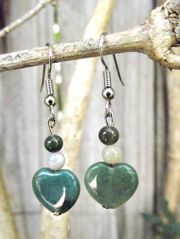 Love Heart Agate Earrings + Free Shipping - crystal jewelry, crystal healing, cute, jewelry, sweet by FeathersandStars on Etsy