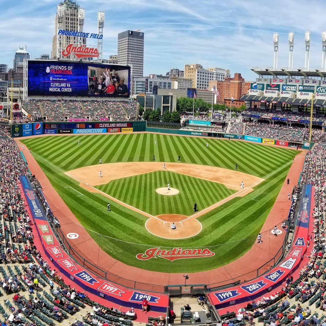 Progressive Field Extra Innings Brews And Sugardale Hot Dogs Field Baseball Stadium Arena Sport