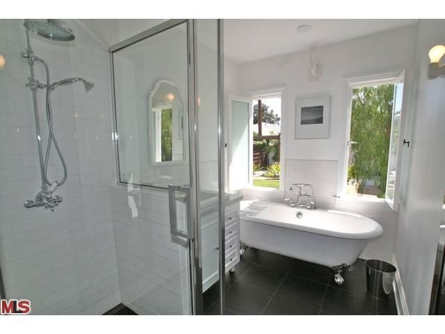 lovely bathroom inspiration found in a house listing!