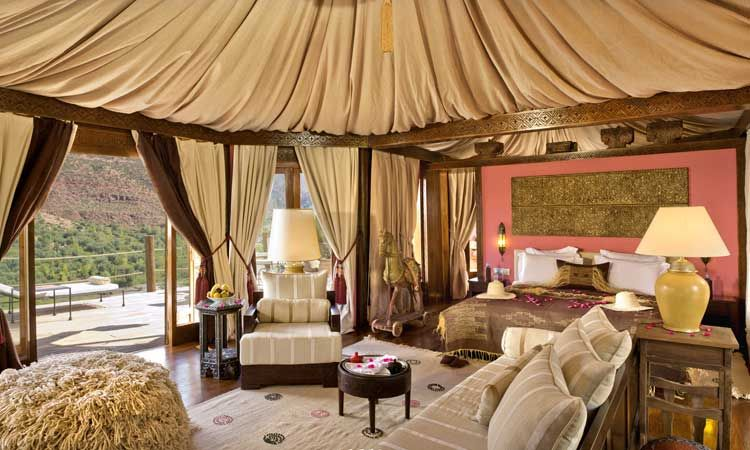 A berber tent at Kasbah Tamadot - great idea to make a room with high ceiling & A berber tent at Kasbah Tamadot - great idea to make a room with ...